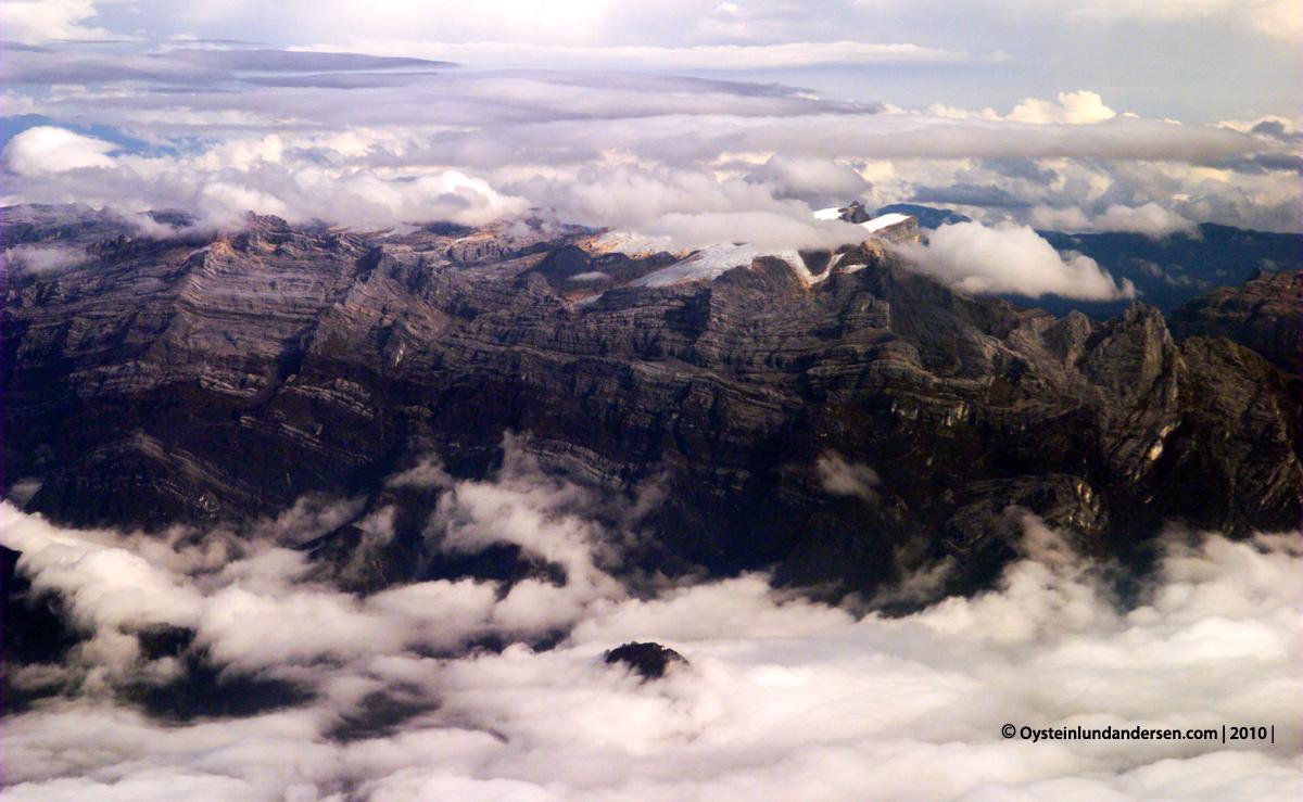 Vegard Kaale On Twitter Indonesia Dan Norwegia Memiliki Gunung Yang Ada Badan Es Gletser Dekat Puncaknya Gunung Tertinggi Di Norwegia Tingginya 2469 M Gunung Tertinggi Di Indonesia Lebih Tinggi Di 4884 M