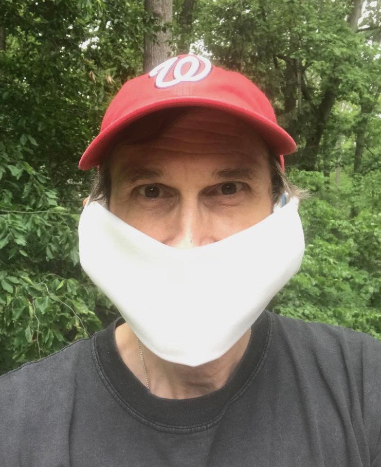 Do you have a mask? It's easy to make a no-sewing, reusable cloth mask. Find instructions from <a target='_blank' href='http://twitter.com/ArlingtonVA'>@ArlingtonVA</a> <a target='_blank' href='https://t.co/LEUYEUI7ZY'>https://t.co/LEUYEUI7ZY</a> or CDC: <a target='_blank' href='https://t.co/nCVsOnLNnL'>https://t.co/nCVsOnLNnL</a> Virginians need a mask Fri, May 29 <a target='_blank' href='http://search.twitter.com/search?q=StopTheSpread'><a target='_blank' href='https://twitter.com/hashtag/StopTheSpread?src=hash'>#StopTheSpread</a></a> <a target='_blank' href='https://t.co/YNPaw944w4'>https://t.co/YNPaw944w4</a>