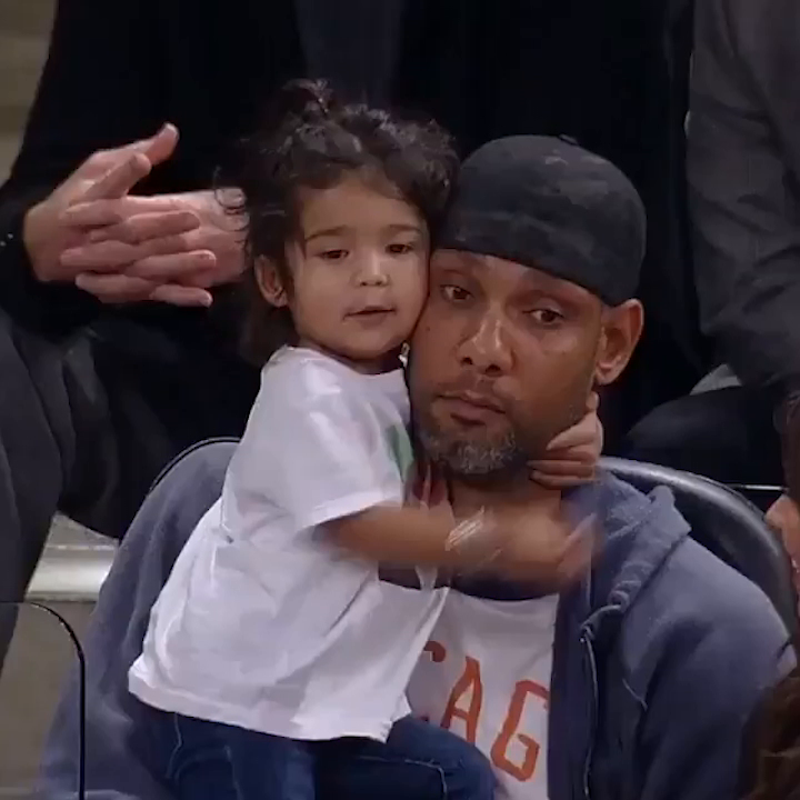 That time Tim Duncan's daughter was rocking a Pop shirt courtside ❤️