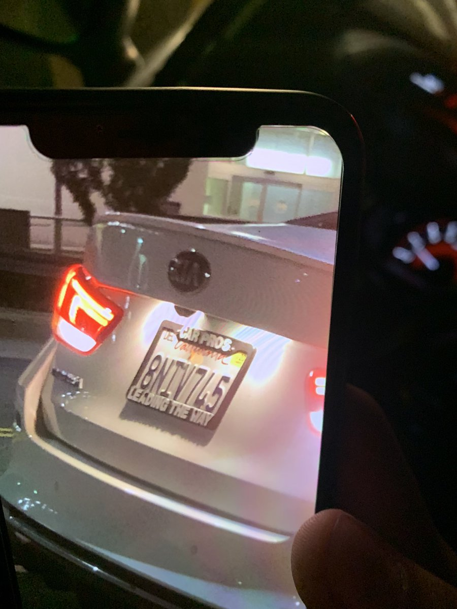 plates of the guy that just ran someone over in the crosswalk at 1st and Spring in Downtown LA. please retweet <br>http://pic.twitter.com/AzUsrqfZ2Z