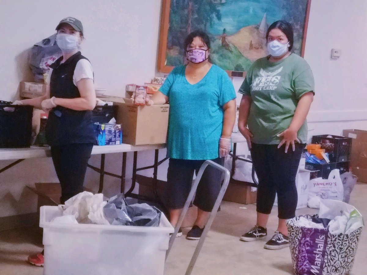"""Volunteer """"faithfuls"""" from the Oakley dining room: our Oakley Elves. Thank you Gloria, Maralyn and Marisa for your support⠀ #thankyou #volunteer #community #oakley #pittsburg #danville #walnutcreek #martinez #sanramon #pleasanthill #concord #contracostapic.twitter.com/k6c9OGMefy"""