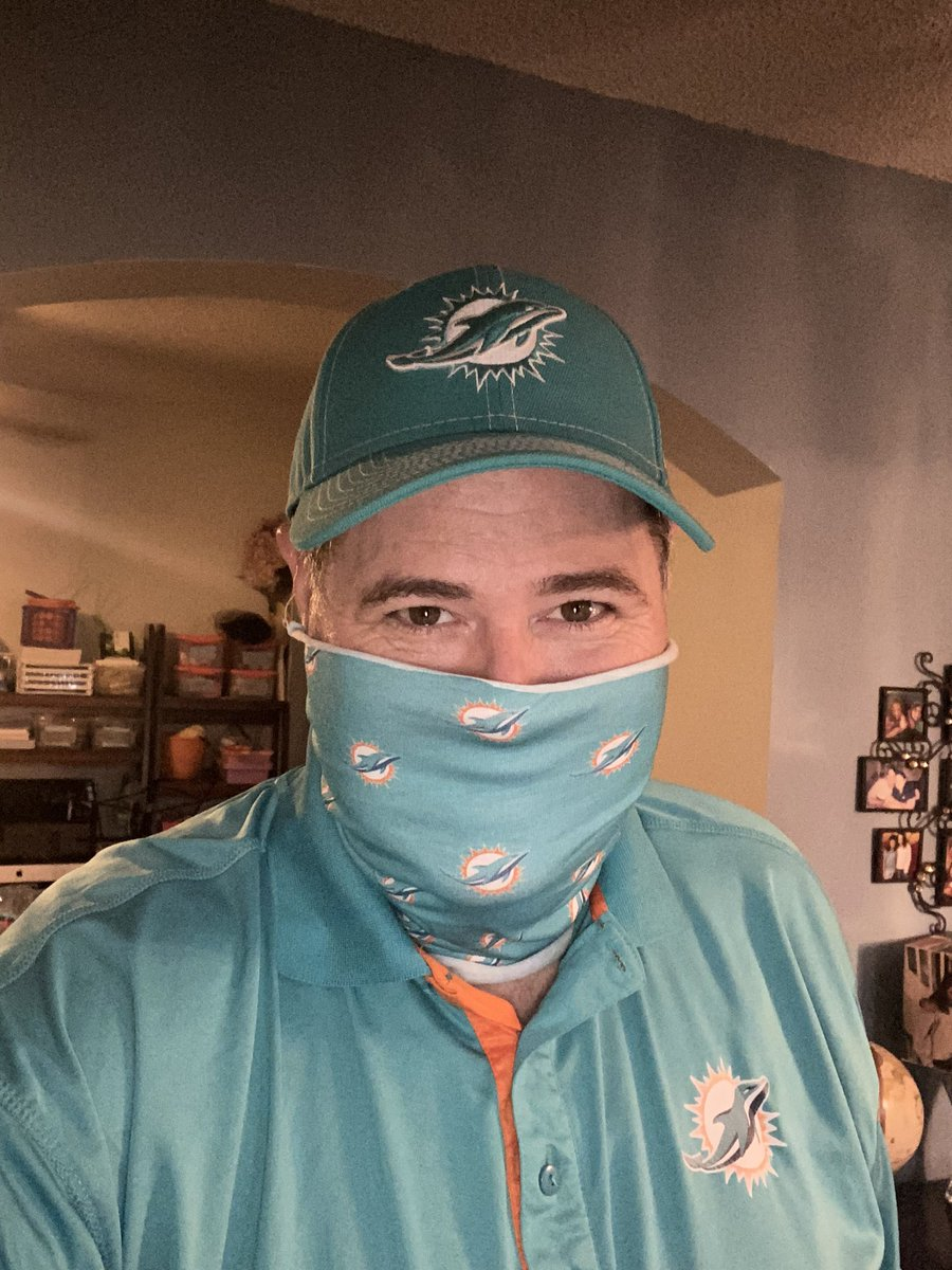 My new mask was delivered tonight. I will wear this EVERYWHERE!!!!! #FinsUp #MiamiDolphins<br>http://pic.twitter.com/x2NFlGL2qi