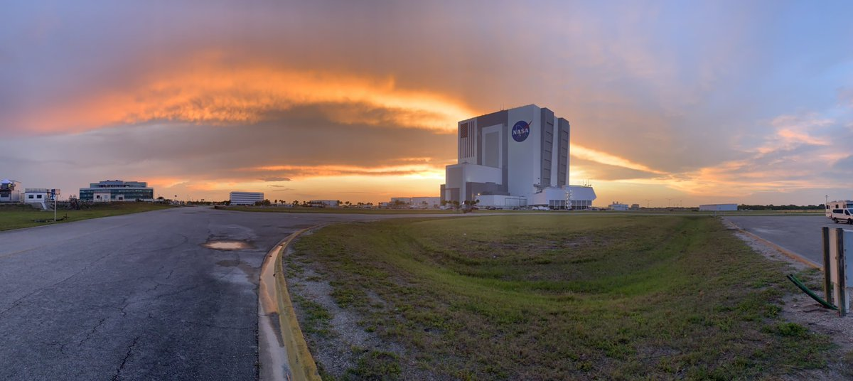 They'll try again Saturday.. #sunset #kennedyspacecenter #nofilter #launchamerica