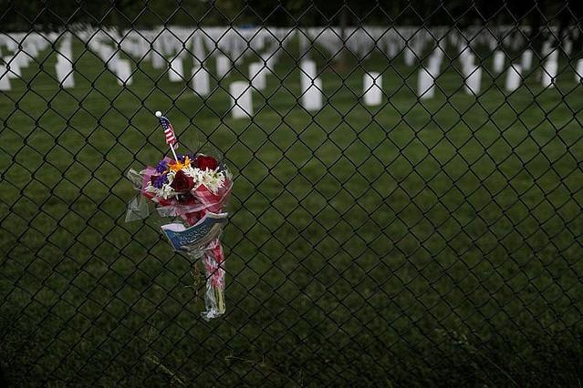 【ロイター集計】米国の新型コロナ死者10万人超えるただ、一日当たりの死者数は5月に入り平均で約1400人と、4月の感染ピーク時に記録した2000人から鈍化傾向にあるという。