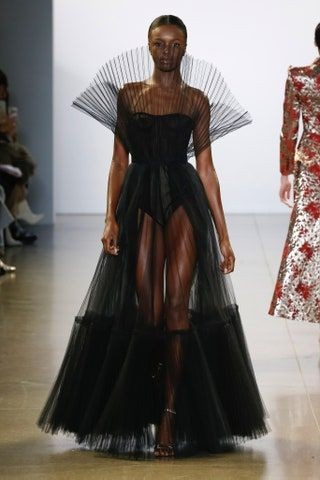 Meu sonho ir na NYFW  New York Fashion Week  A semana da moda de New York é tudo pic.twitter.com/5Y6EnlPTv0
