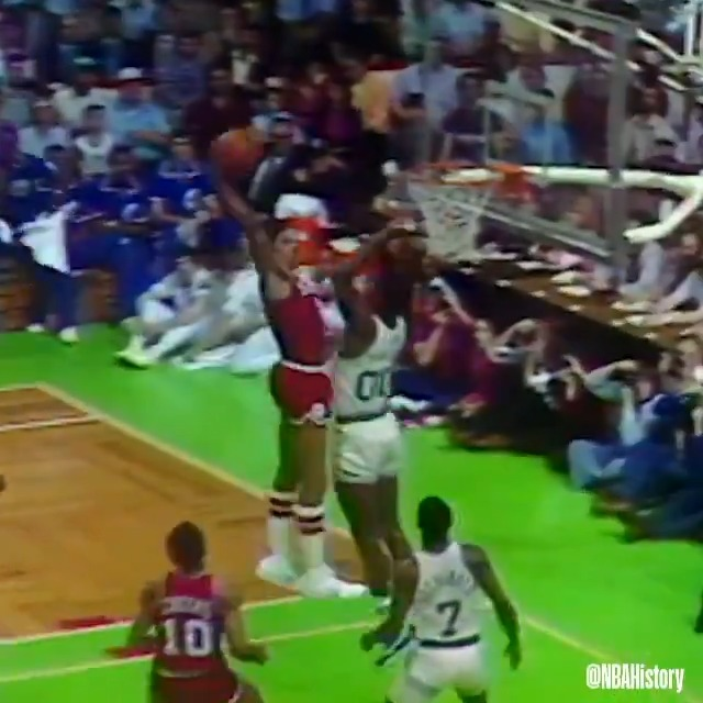 On this day in 1981, Julius Erving was named NBA MVP and became the only player in history to earn both the ABA and NBA Most Valuable Player Awards! #NBAVault https://t.co/UWielzLOa1