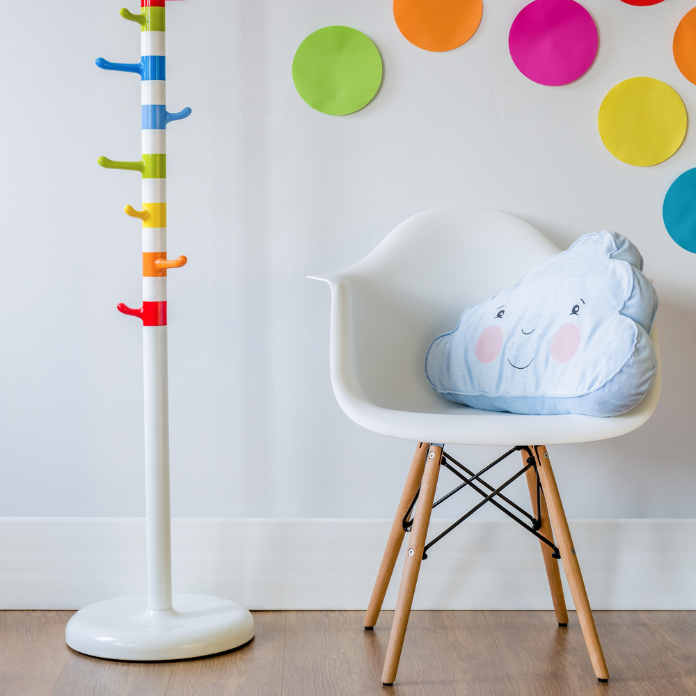 Adding colour to your home http://mummyfever.co.uk/ways-to-add-a-splash-of-colour-to-your-home/ … Interiors #familylife #LifestyleBloggerpic.twitter.com/9U1EfCQCYh