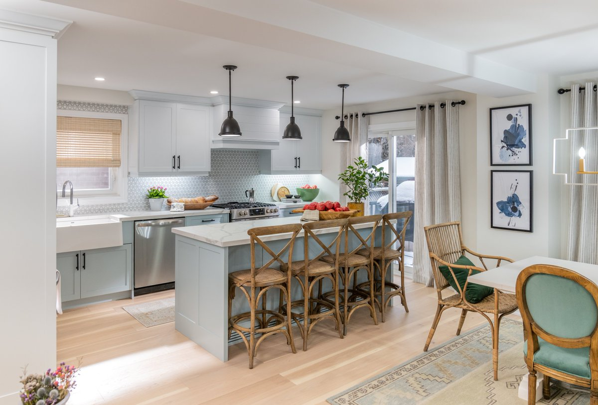 Property Brothers On Twitter After A Recent Health Scare Alison Greg S Neighborhood Became Even More Important To Them But Before Their House Of 22 Years Could Be Their Foreverhome It Needed,Interior Design Modern Office Design Ideas For Small Spaces