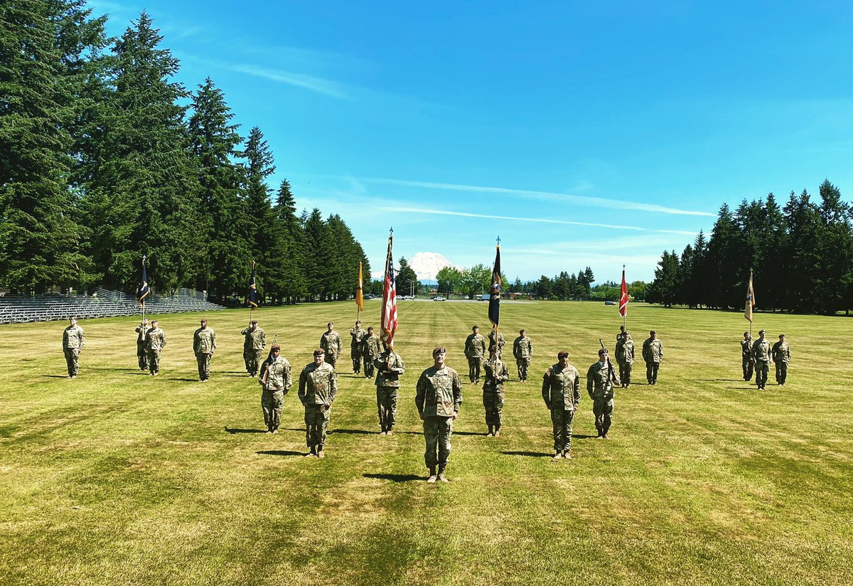 The 5th SFAB has officially activated at JBLM! 🇺🇸🇺🇸🇺🇸🗻🗻🗻🇺🇸🇺🇸🇺🇸