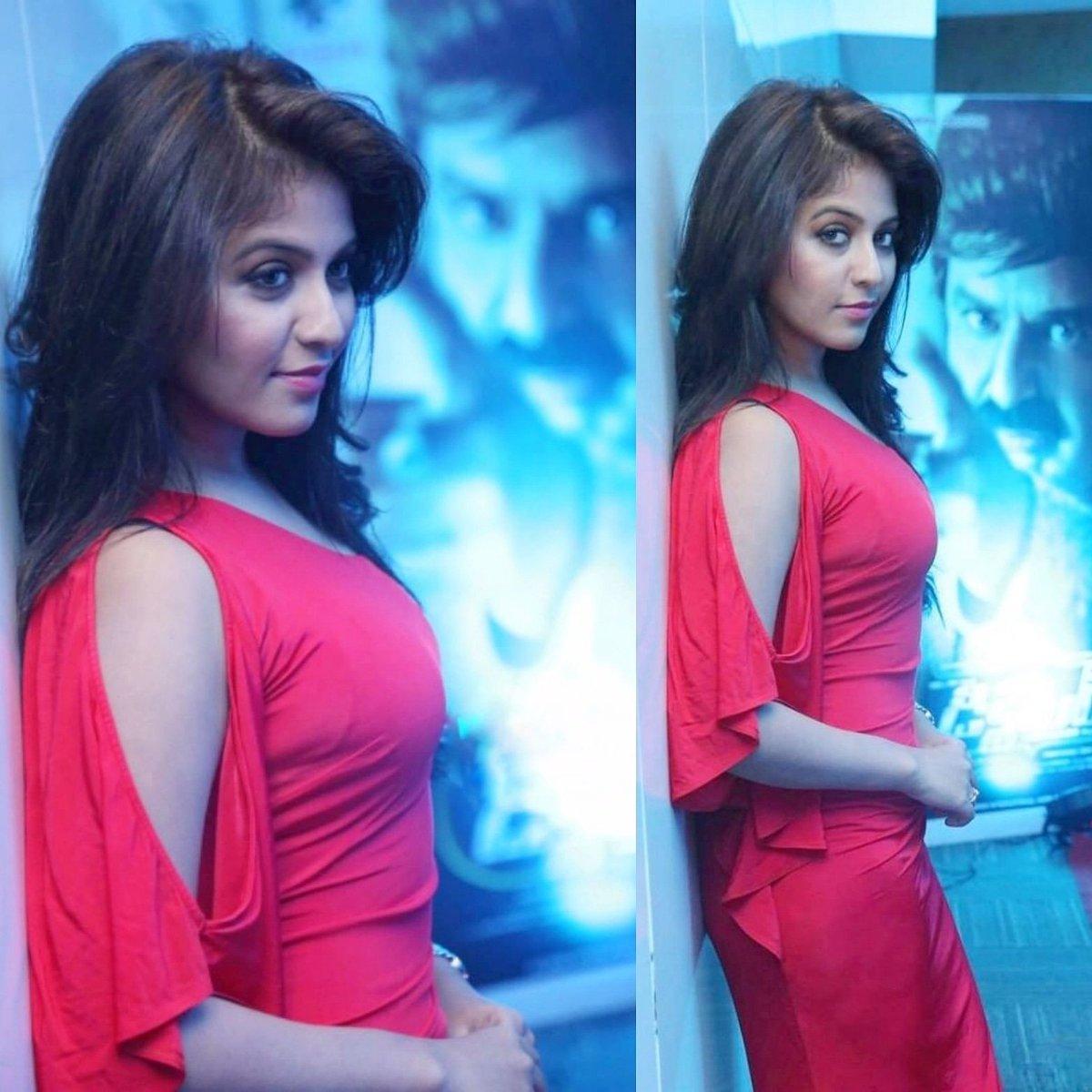 #anjali #actressanjali #tamilactress #kollywoodactress #kollywood #tamilgirls #tamilponnu #tamilgirl #impression #tamilgram #tighttop #hotlookspic.twitter.com/4nXwgMiPRR