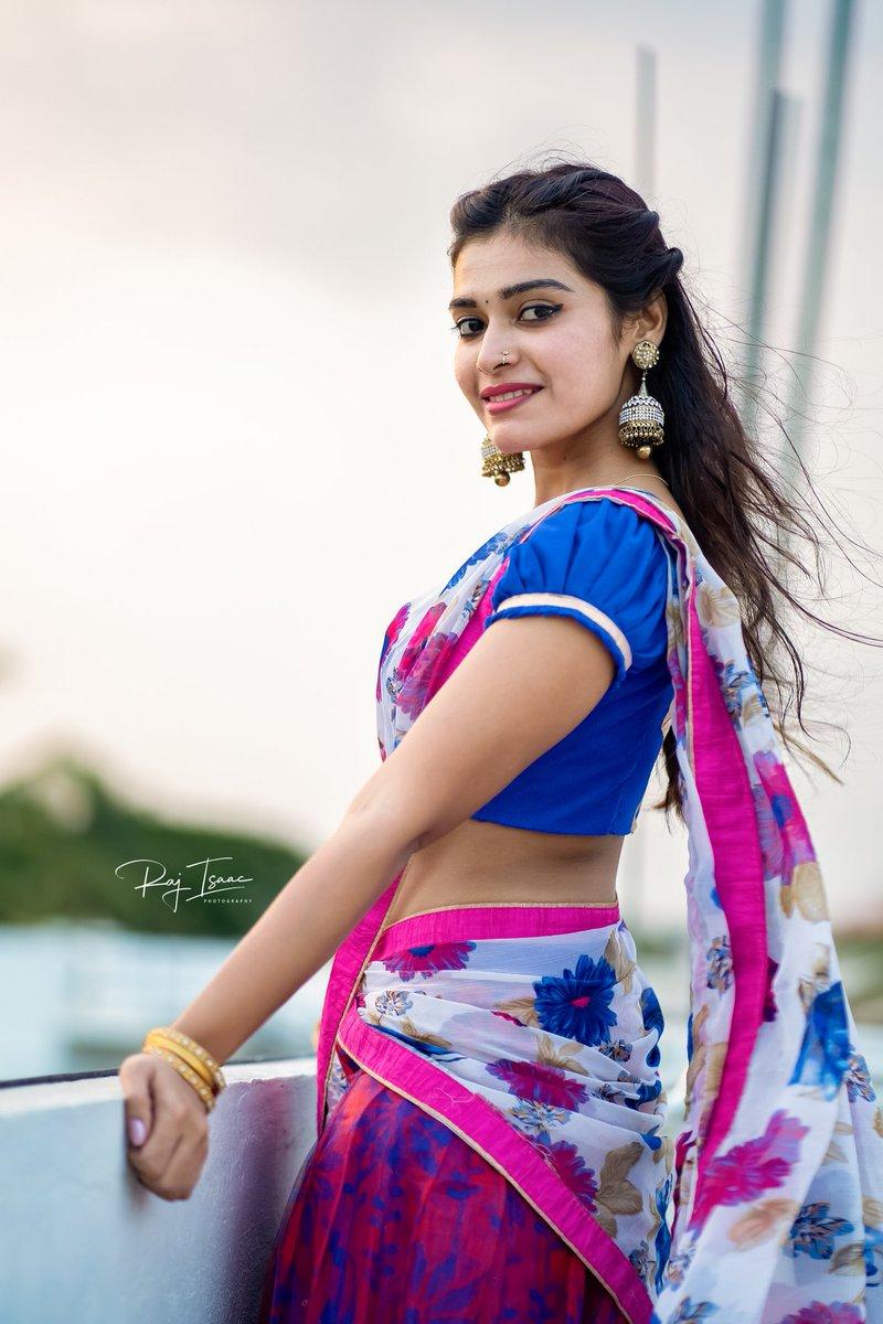 #DharshaGupta #actress  #actressnavel #actressgallery #Photoshoot #bollywoodactress #bollywoodactresshot #tamilactress #tamilponnu #teluguactresspic.twitter.com/ZIdQGsnQkI
