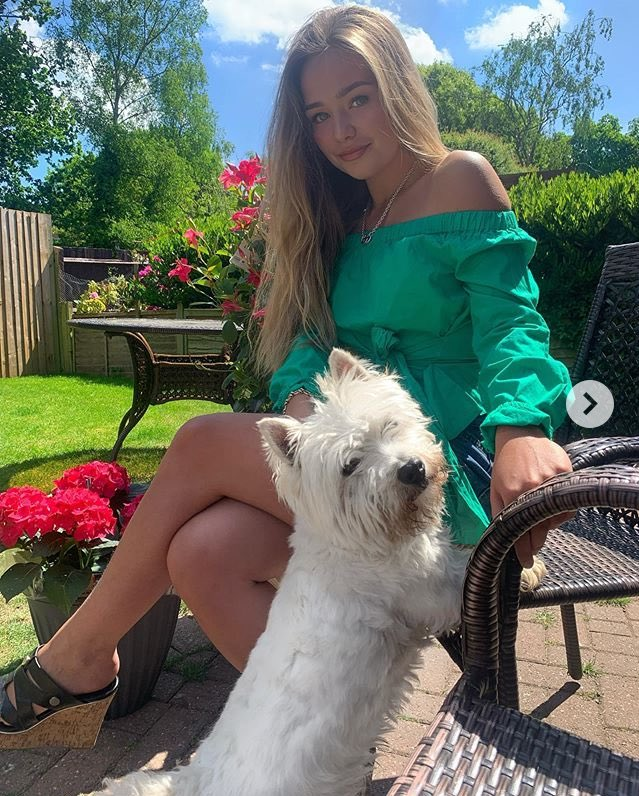 "Not sure how I missed this one - oops!!! @ConnieTalbot on #instagram  ""Lockdown with the old boy"" pic.twitter.com/44GfMlgzqz"