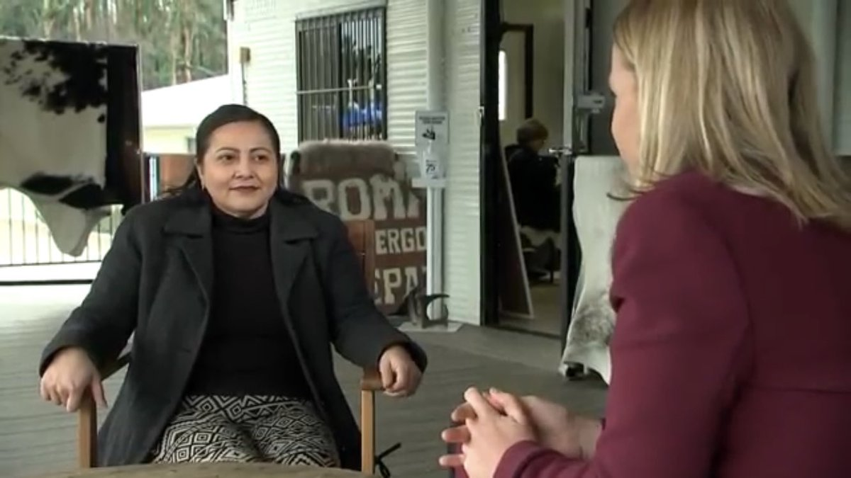 Five months on from NYE from hell on the NSW south coast - I caught up with Mogo residents.  Lorena lost her Leathergoods business & home. She relocated to the pop up village but without tourists because of covid restrictions - any thought of a rebuild in a long way off. pic.twitter.com/ANMiRa3bBH