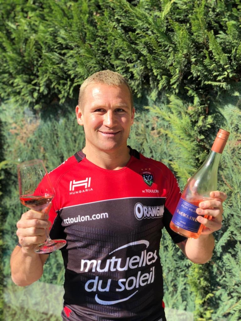 """Seemed only right to wear a Toulon jumper when drinking the Rosé for the first time.. 😏 •Excited to say we have now launched a Rosé that's called """"Pilou Pilou"""" which is a war cry performed before every home game for @rctofficiel .. Santé 🍷 backlinewines.com.au 👈🏼🍷"""