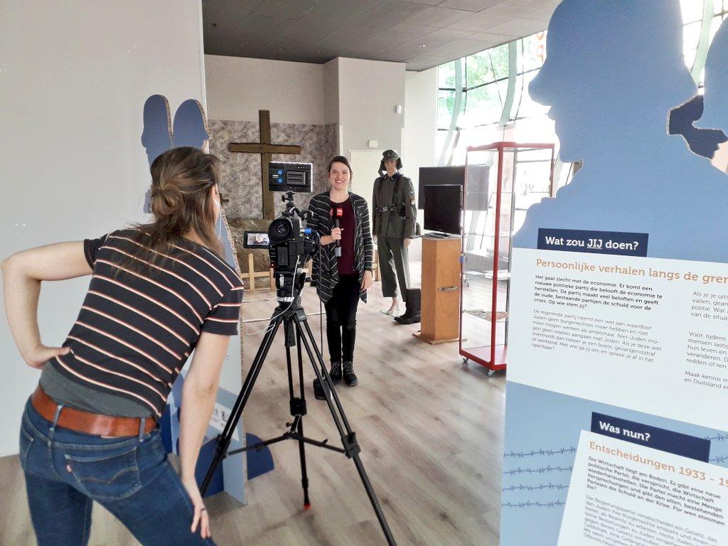 Kijk eind vanmiddag/vanavond ook naar de tv-uitzending van Drenthe Nu van @RTVDrenthe voor een voorproefje van ons pop-up museum in #Emmen centrum. Hier is een deel van onze 75 jaar vrijheid tentoonstelling te zien. #popupmuseum #75JaarVrijheidpic.twitter.com/HV1tM7KYpH