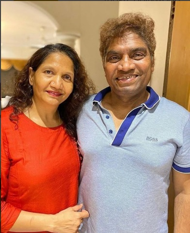 Johnny Lever shares picture with wifey on 36th Wedding Anniversary wishing them Happy Marriage Anniversary #johnnylever #johnylever #bollywood #celebs #weddinganniversary #anniversary #bollywoodupdates pic.twitter.com/C7Lw1B6Ny7
