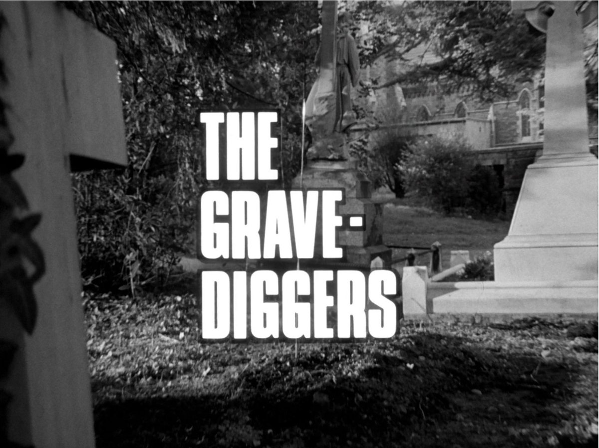 'The Avengers' episode 'The Gravediggers' is another strong monochrome Rigg episode.  Featuring Ronald Fraser's wonderfully eccentric Sir Horace Winslip, plus a scaled-down railway, it's brilliant fun!  #television #60s #TheAvengers #Steed #PatrickMacnee #EmmaPeelpic.twitter.com/FXKnT2yGP8