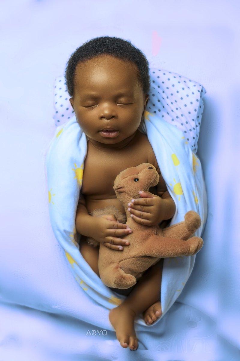 Dream big, little one ________________________ Photo by me  _________________________ #BlackLivesMatter #icantbreathe #babyboy pic.twitter.com/B2uVMbzKbO