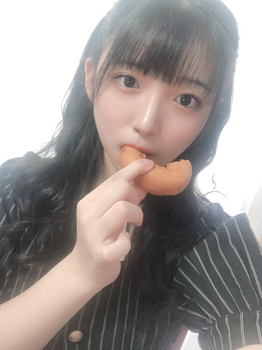 写真がですね…ドーナツを食べているものしかなくてですね…🍩💭近いうち自撮りの設定なども紹介しますね~🎶