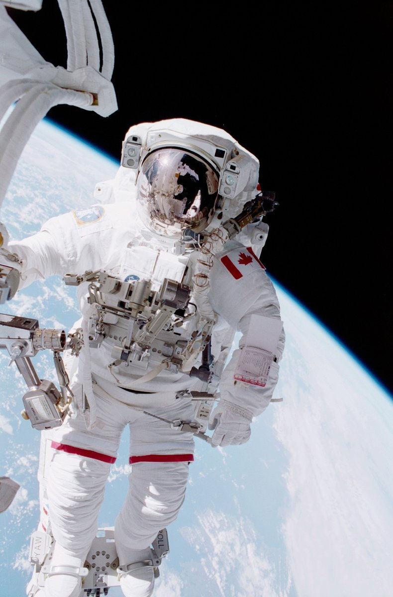 Explore the CSA's virtual exhibit during the @ysc_sjc Online STEM Fair. Discover our #JuniorAstronauts Camp, at-home space activities and exciting careers in the space sector: https://t.co/sqAbMj4MLa. #STEMExpo #yscSTEMonline  Photo: NASA https://t.co/FS2TYD4vPi