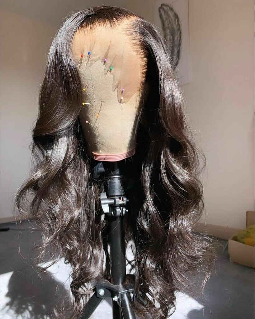 Who need this wig??? Beautiful ❤️❤️❤️❤️ #ourhairthough #healthyhair #hairgrowth #myhairmycrown #kinkyhairdontcare #letyouhairdown #hairtransformation #healthynaturalhair #crowningglory #protectivestyles #naturalhair #crownedwithcurls #unconditionedroots #boxbraids #blackhair… https://t.co/hbOzRv6J4J