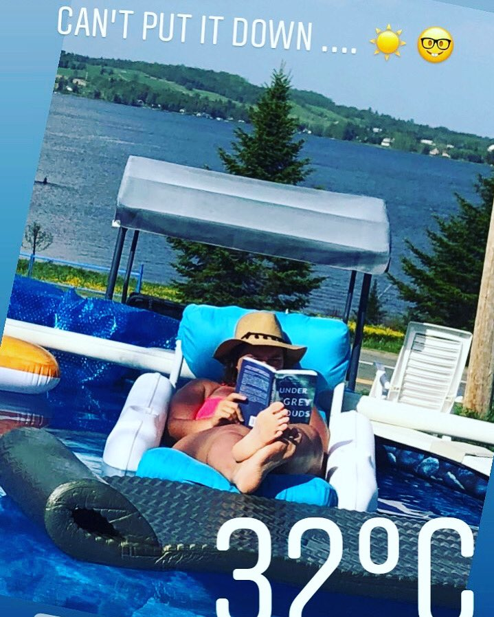 I have utter lockdown envy right now after someone tagged me in a photo of them reading one of my books. Is lockdown envy even a thing  #Writer #Reading #book #cabincrew  http://Www.kayliekaywrites.com pic.twitter.com/VMot4nbzPf