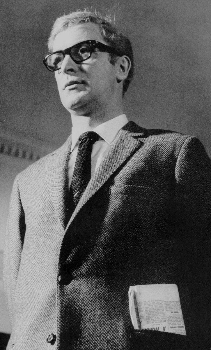RT @shiigeeboo: Caine as Palmer.  THE IPCRESS FILE (1965) https://t.co/qPgDMiiekZ