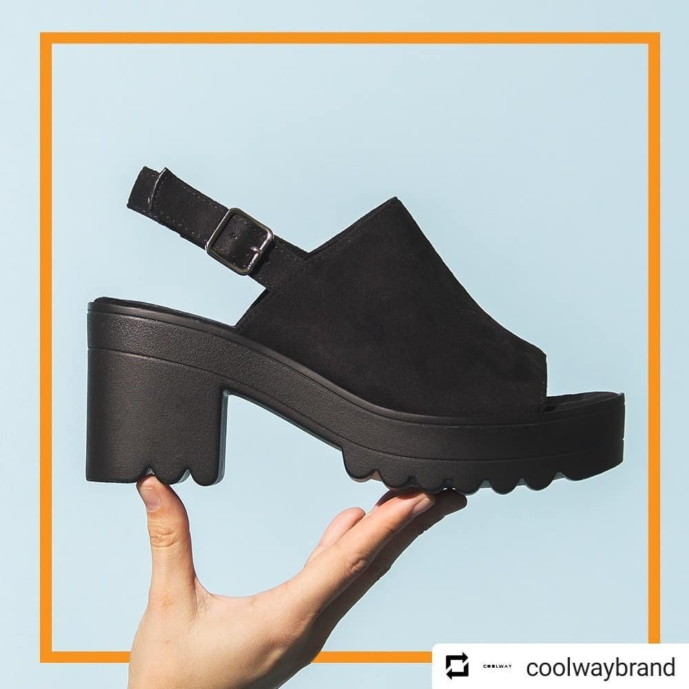 """~ SPRING / SUMMER ~ Sandalias """"Alessa"""" de @coolwaybrand. Perfectas para cualquier ocasión.  ·DISPONIBLE EN LA WEB:http://WWW.MARIAARNANDIS.COM ·DISPONIBLE EN TIENDA (*PRODUCTO REBAJADO) . . . #coolway #cooltribe #casual #coolwaybrand #cool #urbanstyle #urban #casual #style #womanpic.twitter.com/gHVVFW1dEi"""