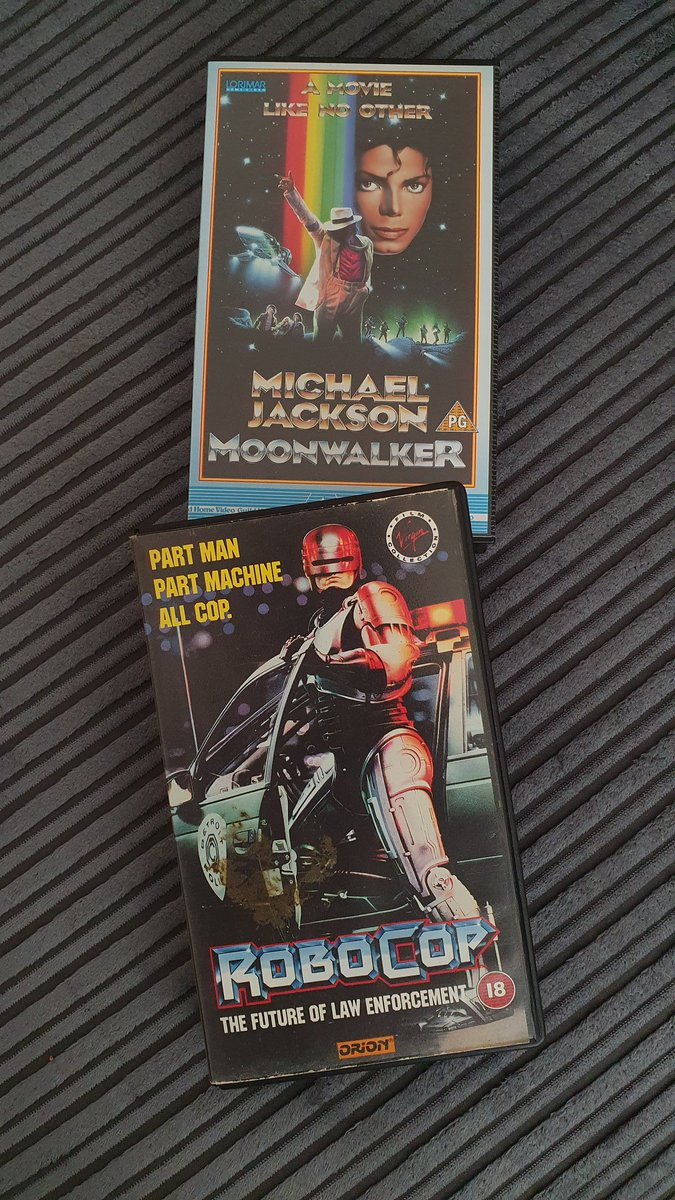 New additions to the #VHS collection... pic.twitter.com/WIiD0dnyIY