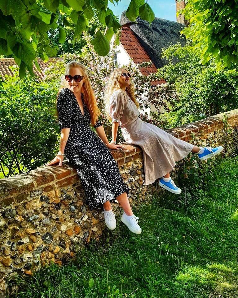 Enjoying the sunshine in style Shop the looks!! #shopatanna #fashionblog #styleinspopic.twitter.com/9SkpvKOBHH