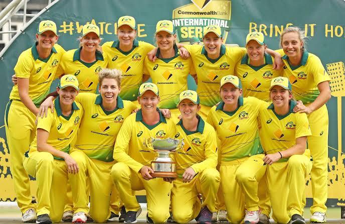 Australia Women's Schedule for this Summer :-  3 WT20Is vs NZ (Sep27-Oct1) 3 WODIs vs NZ (Oct5  - Oct10) 3 ODIs vs Ind (Jan12 - Jan17)  #Cricket <br>http://pic.twitter.com/xG37ZCGbWs
