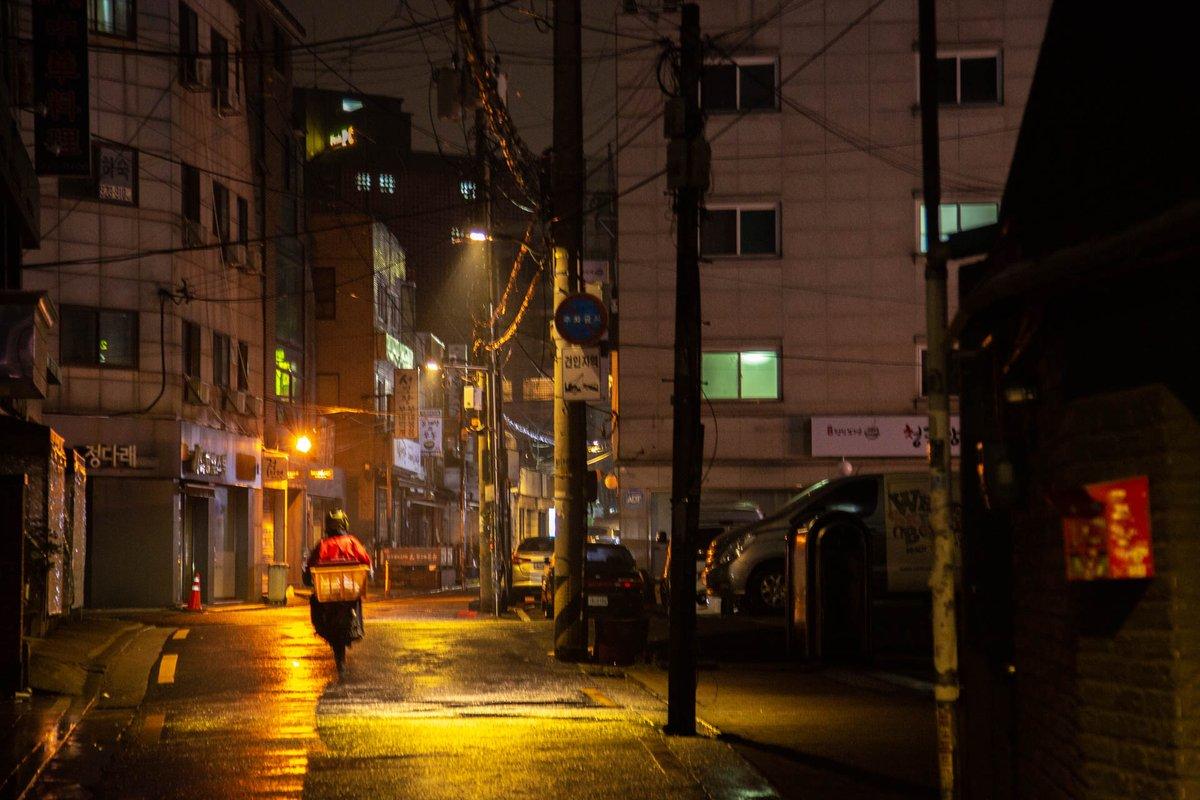 Seoul Pandemic days #seoul #korea #covid19pic.twitter.com/WgJkxJXwlF