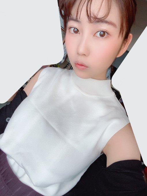 グラビアアイドル伊織いおのTwitter自撮りエロ画像21