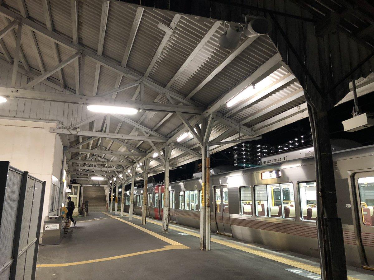 吉浦 駅 時刻 表
