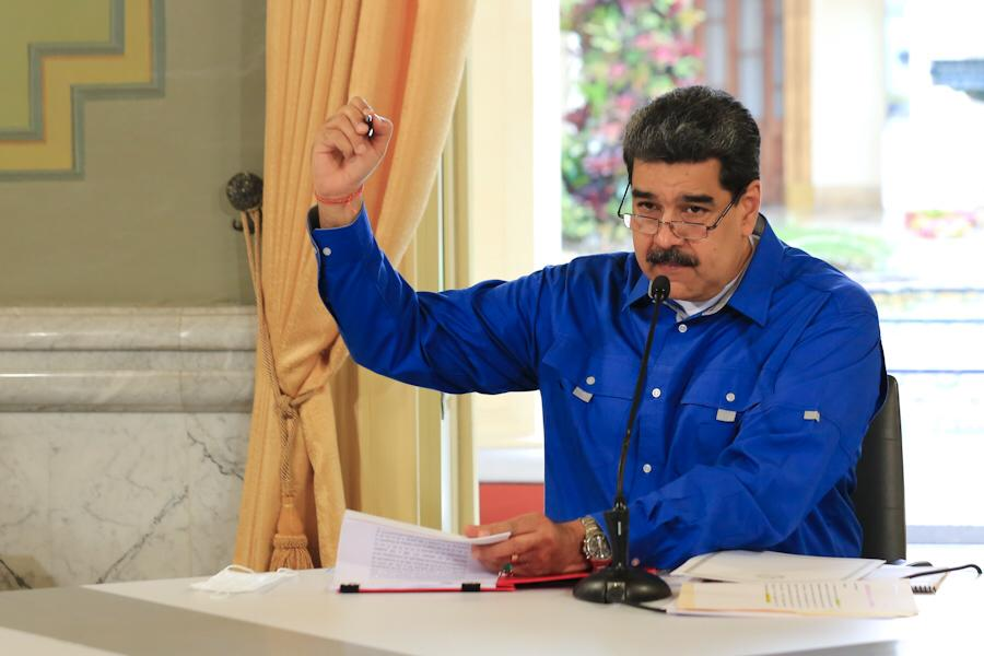 IMPORTANTE🚨|| 🗣️Pdte. @NicolasMaduro: La gasolina que hemos traído del exterior, la hemos pagado con dólares y mucha gente me propone, y estoy de acuerdo, que la gasolina hay que cobrarla @LuisJonasReyes #VenezuelaDefiendeSuOro