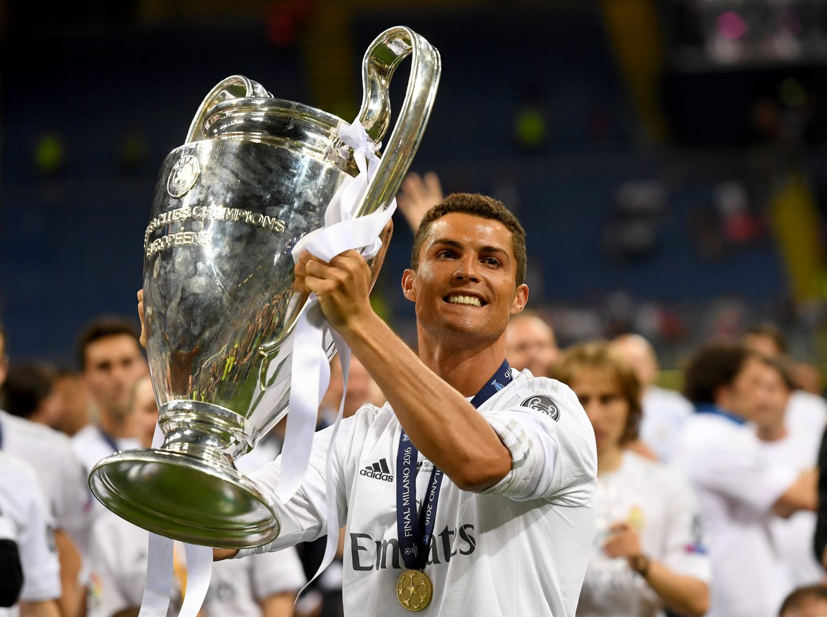 📅 #OnThisDay in 2016, #UCL number 3 for @Cristiano Ronaldo: 🔴2⃣0⃣0⃣8⃣🏆 ⚪️2⃣0⃣1⃣4⃣🏆 ⚪️2⃣0⃣1⃣6⃣🏆
