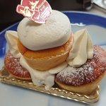 Image for the Tweet beginning: 雲仙市愛野町のケーキハウスホンダ。お気に入りのお店です🎶普段はプリンを通販で頼みますが、お店に行ったらケーキ買います!たくさん買えて幸せです。