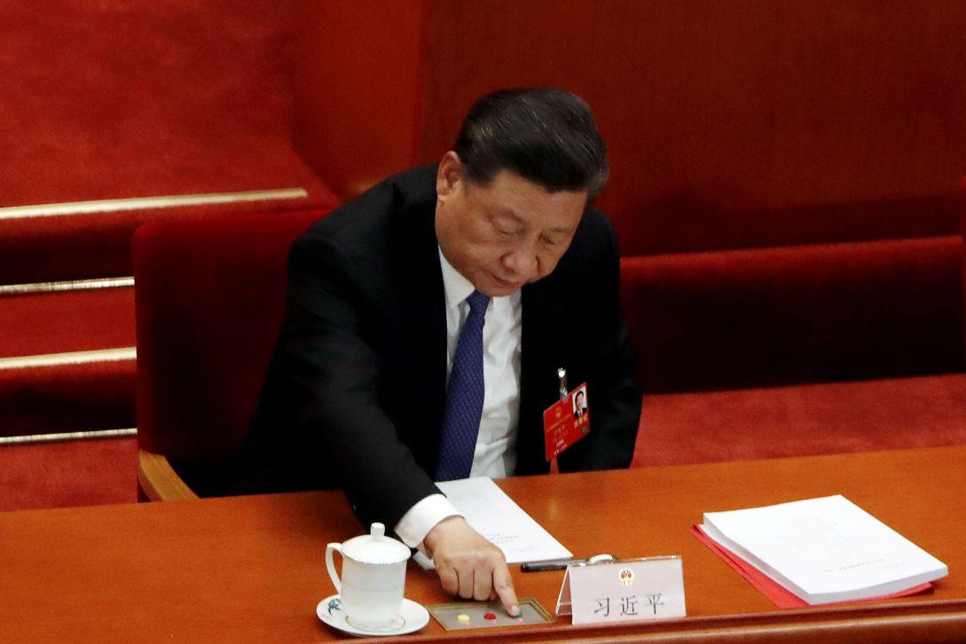 十三届全国人大三次会议,习近平总书记与李克强总理投赞成票通过《全国人民代表大会关于建立健全香港特别行政区维护国家安全的法律制度和执行机制的决定》。 https://t.co/DedqN4ve1c