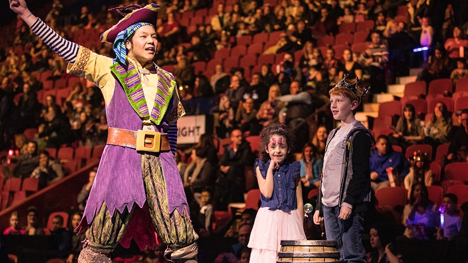 RISE TOGETHER 🌈 Host a private birthday party for your child and 9 friends at a Disney On Ice show! Bid now to win this prize👉 https://t.co/QVQLWR3P2S  All auction proceeds will benefit the @CentraideMtl COVID-19 Emergency fund. https://t.co/r0qUy0t92a