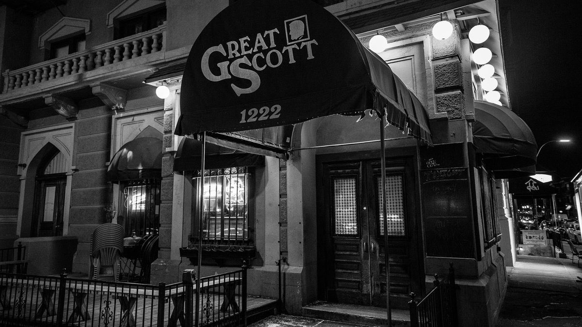 Save Great Scott Raises $39,000 in First Two Days  Invest a minimum of $100 in Great Scott, and the business agrees to share a portion of their revenue until you have been repaid 1.4x.   https://t.co/Z6R7CAXggb https://t.co/iCZxvUsqNf