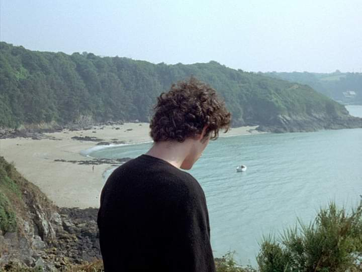 ' I feel everyone's alive around me but me. I don't exist.' Conte d'été (1996) Director: Éric Rohmer