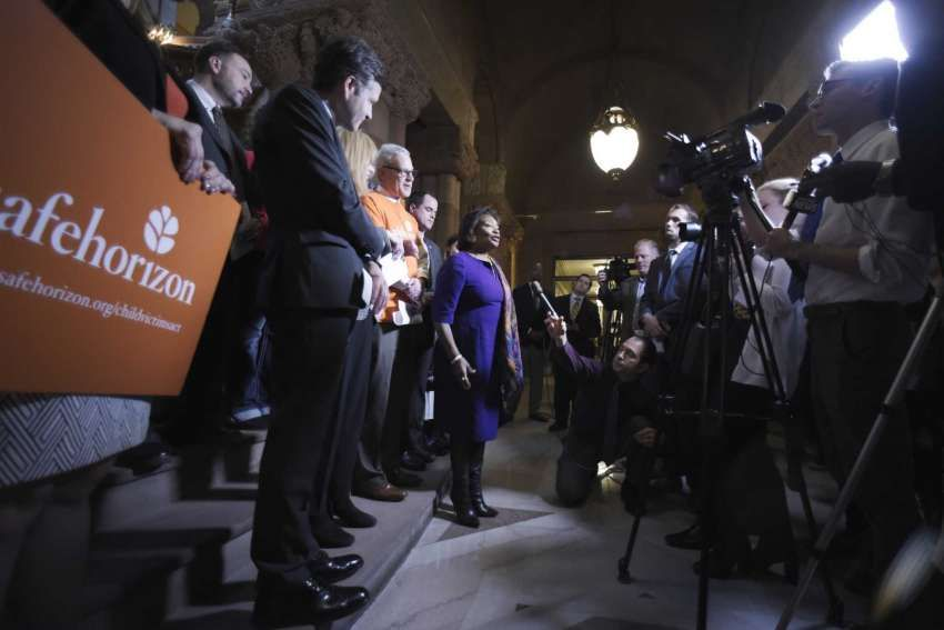 Child Victims Act: Lawmakers vote to extend window as filings resume buff.ly/3dbLWxS