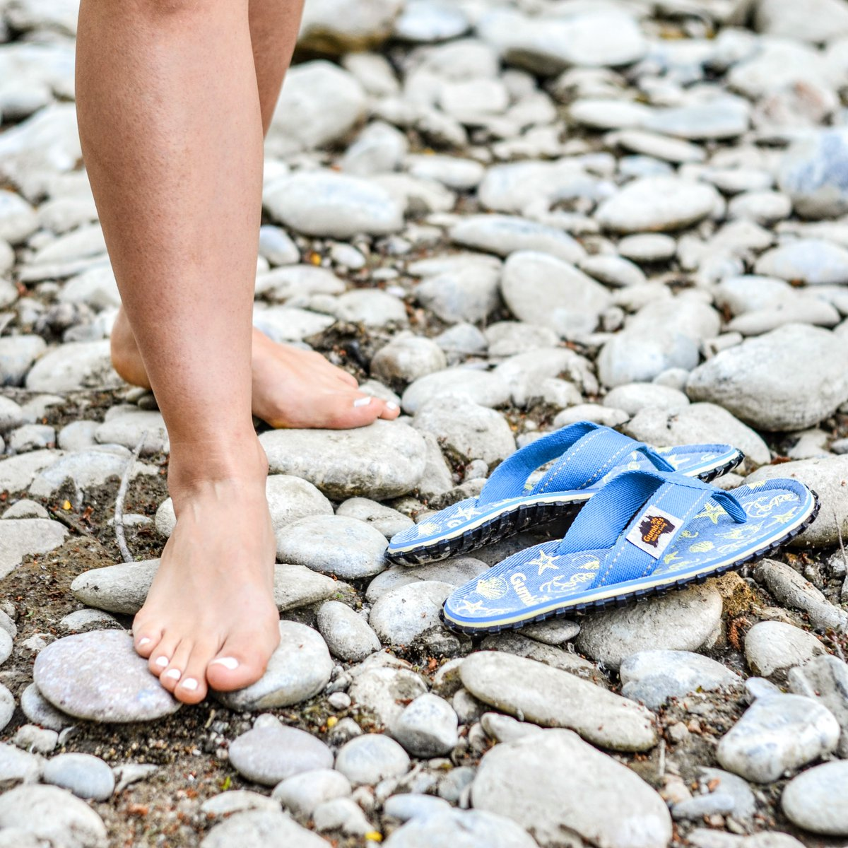 Don't forget to enter our #Styleoftheweek competition to be in with a chance of winning a pair of Gumbies 'Seashells' Islander flip-flops!  To enter, please visit our Gumbies USA Facebook page;  http://www. facebook.com/gumbiesUSA     (Competition ends 12pm EST 05/29/2020)<br>http://pic.twitter.com/mpJrBP4XNd