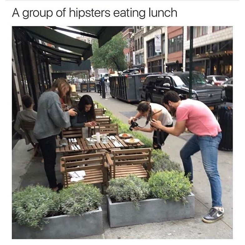 A group of hipsters eating lunch #comedy #dank #edgypic.twitter.com/Iu66ZGHya4