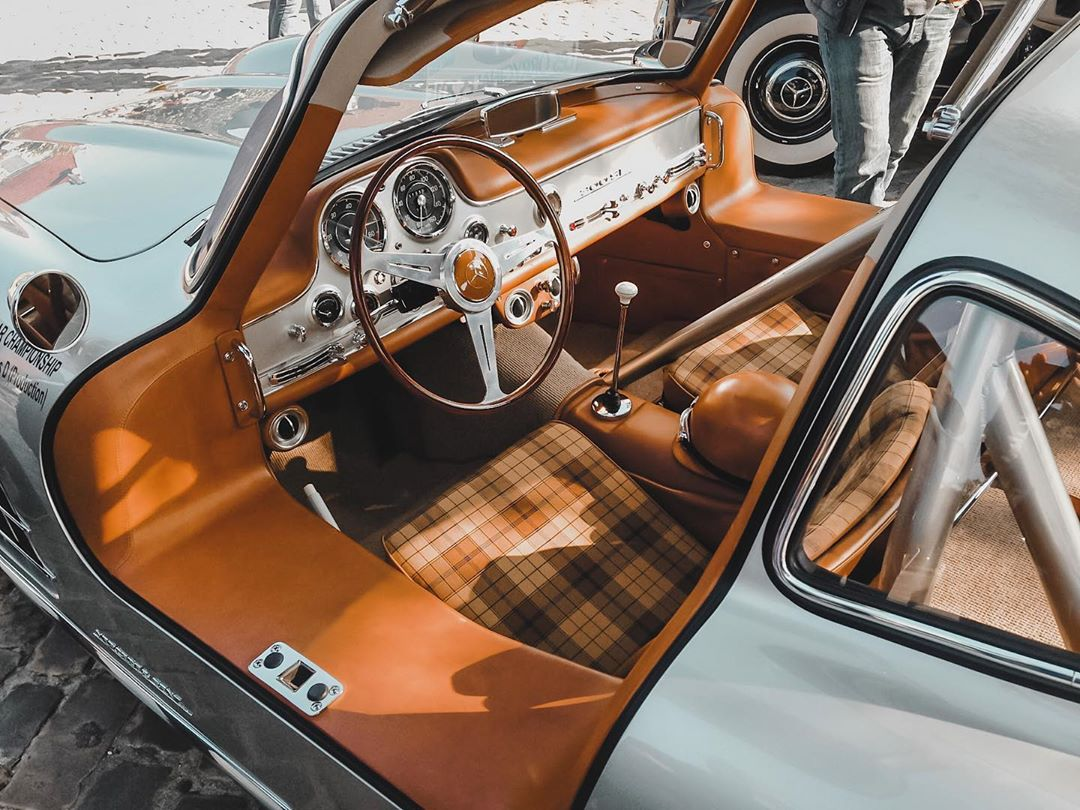 """""""Cognac leather interior on the 300 SL"""" sounds as good as it looks. #300SL <br>http://pic.twitter.com/K3xdYggjjI"""