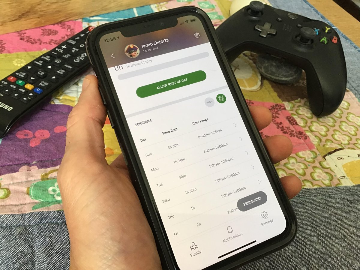 Look what @xboxuk just launched. Xbox Family Settings app. Now you can control all the accounts easier and with notifications. We got to try it out today, and it works really well. https://t.co/zBYHk8HsBn