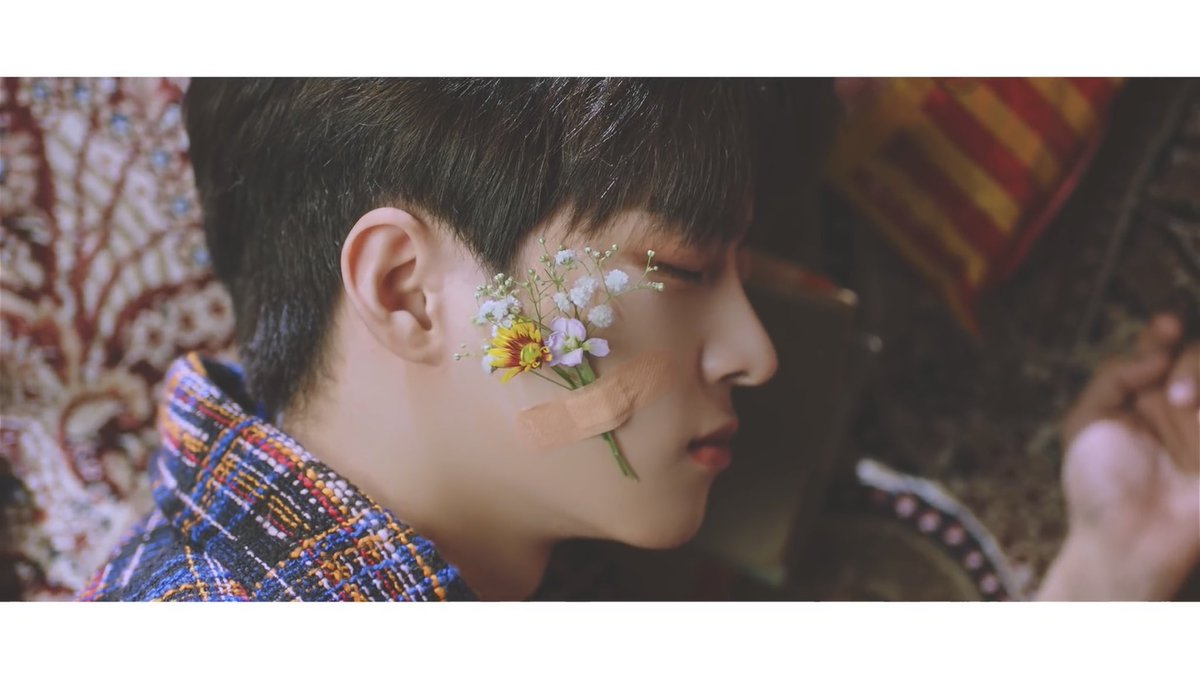 Subin has flowers on his face in Nostalgic night. Now Byung and Swoo has flowers on their cheeks as well specifically babys breath a just like some of the ones on Subin's cheeks! Now read the meaning of the babys breath in the last photo  <br>http://pic.twitter.com/qlWHoK8xlj