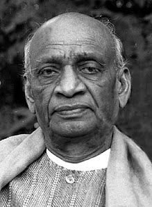 The man who combined different parts of our India. If His memorial #StatueOfDisplacement became cause of anybody separation then it's wrong. #ironman will not accept this. <br>http://pic.twitter.com/3KDNLEBhCp