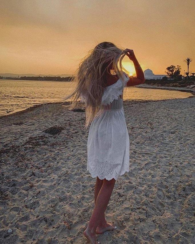 Фото с пляжа Новостар Хаям Гарден  Цитируем подпись автора: «Расслабилась. Даже фотик расчехлять не хочется. Все на телефон.» #тунис #tunisia #novostarpic.twitter.com/ykjqEGOA1V