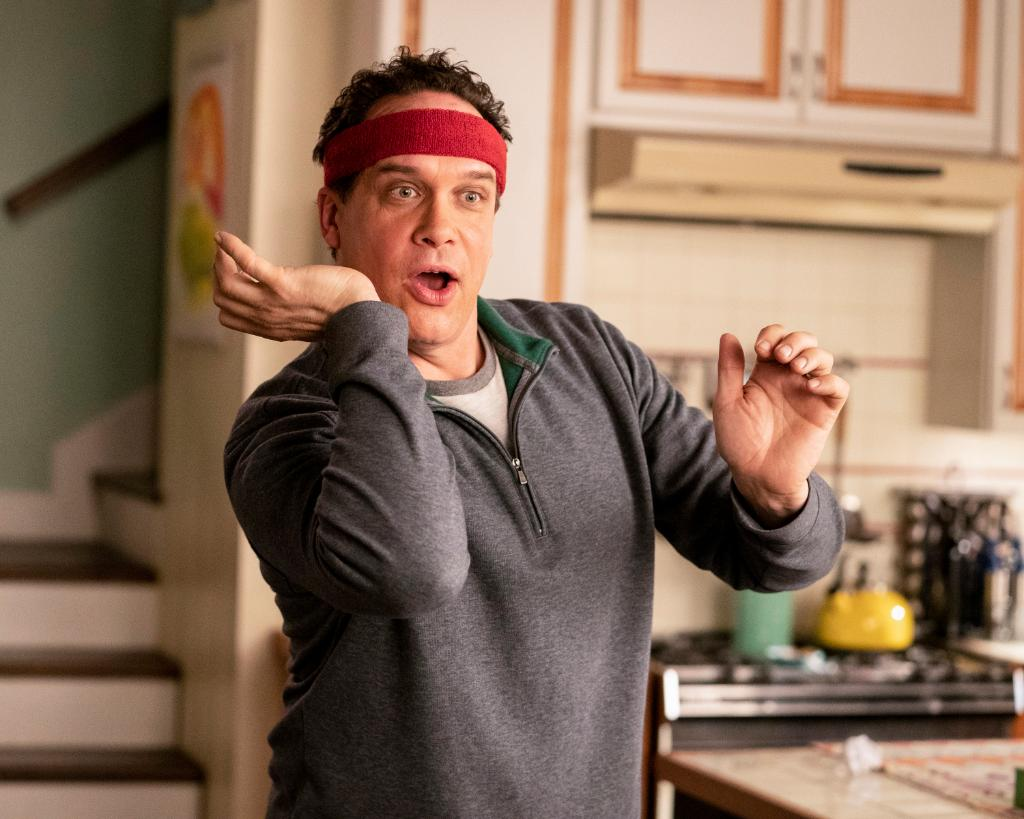 Just call him Professor Ba-DUNK-a-donk 🏀⛹🏻♂ #AmericanHousewife